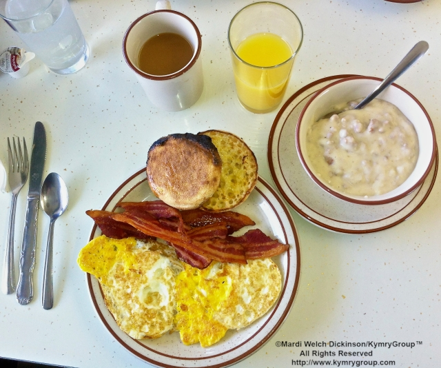 Hearty Breakfast Curtice HY FLASH. ©Mardi Welch Dickinson/ KymryGroup™ All Rights Reserved. http://www.kymrygroup.com.