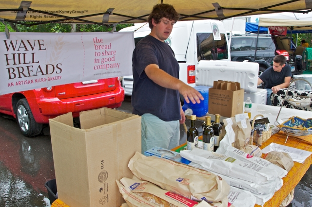 Wave Hill Breads, Westport Farmers Market, ©Mardi Welch Dickinson/Kymry Group™ All Rights Reserved