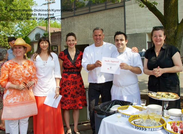 "l. to r. Kathryn Dysart, Slow Food Metro North; Analiese Paik, Presenter & Board Member, Slow Food Metro North; Monika Riley, General Manager, Tarry Lodge Westport; Andy Nusser, Executive Chef/Partner,Tarry Lodge; Mario LaPosta, Chef de Cuisine, Tarry Lodge Westport; Nancy Selzer, Managing Partner,Tarry Lodges and Casa Mono, New York City.Tarry Lodge Westport was honored and  Awarded the 'Snail Of Approval"" by Slow Food Metro North on June 29, 2003. ©Mardi Welch Dickinson/KymryGroup.All Rights Reserved."