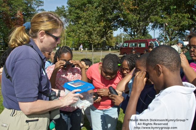 l. Jenny Dickson, DEEP Wildlife Biologist with  students, 5th graders from Barnard Environmental Studies Magnet School. Learn about the importance of birds and wildlife in the their community. Commissioner in your Corner, Celebrating New Haven Parks; Urban Oases for Birds and Wildlife. Barnard Nature Center, West River Memorial Park, New Haven, CT. ©Mardi Welch Dickinson/ KymryGroup. All Rights Reserved.