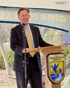 Stewart J. Hudson, Vice President & Executive Director of National Audubon Connecticut. addresses partners, school students, and local neighborhood groups at the New Haven Harbor Watershed Urban Wildlife Refuge Partnership designation.  ©Mardi Welch Dickinson/KymryGroup. All Rights Reserved. National Wildlife Refuge Partnership, West River Memorial Park, New Haven, CT on October 30, 2013.
