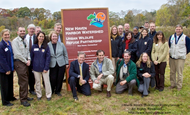 Audubon Connecticut and U.S. Fish and Wildlife Service staff. Audubon Connecticut Urban Oases Program Celebration. National Wildlife Refuge Partnership, Barnard Nature Center, West River Memorial Park, New Haven, CT on October 30.2013. ©Mardi Welch Dickinson/KymryGroup. All Rights Reserved.