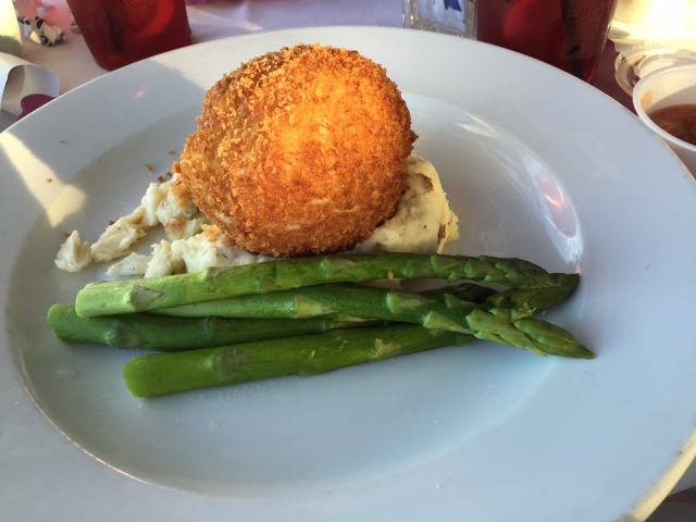 Crab Cake with mashed potatoes with fresh asparagusGillian's Restaurant and Bar ©Townsend P. Dickinson All Rights Reserved.